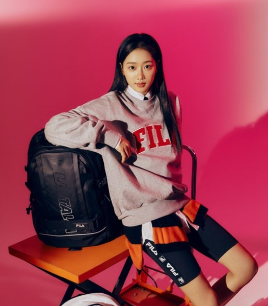 Lee Na-eun's star swag. Colorful charm A pictorial containing