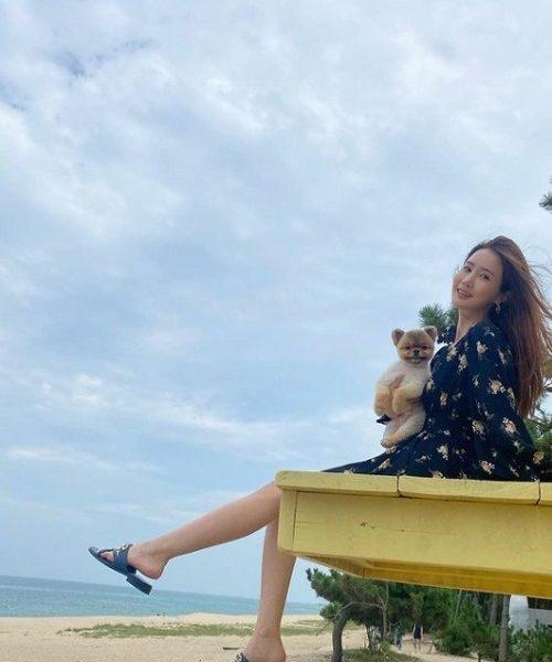 SE7EN Lee Da Hae Mom is happy to have you