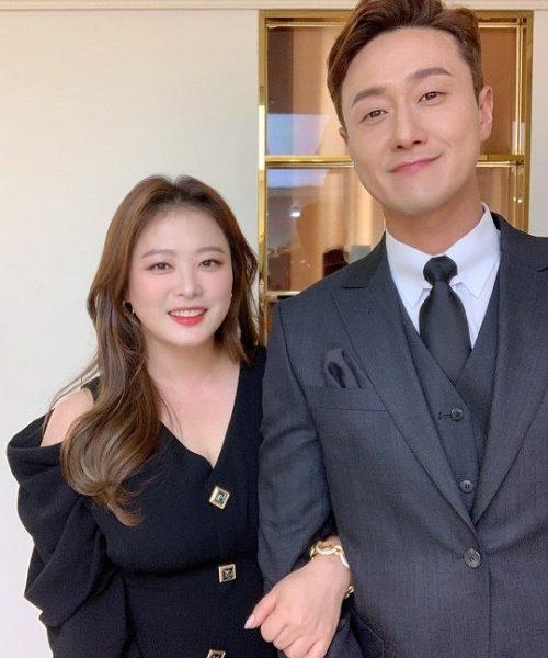 Kim Wonhyo looks like an actor couple Let's live