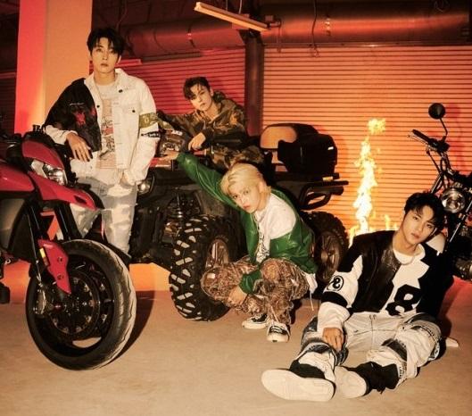 SEVENTEEN hip-hop team's official photos of their 9th mini album